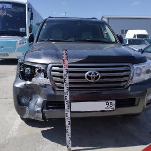 Выездная экспертиза для Toyota Land Cruiser 200 - ОСА - Общество содействия автомобилистам - Услуги эксперта во всех ситуациях с автомобилем